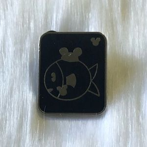 🔮 5/$25 Fish With Mouse Ears Disney Pin